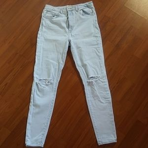 Forever 21 ripped knee light blue skinny jeans EUC